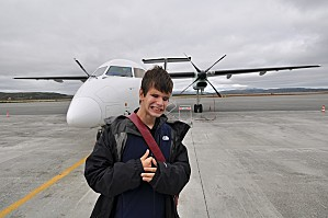 Gab devant l'avion